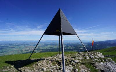 La vue panoramique du sommet du Suchet